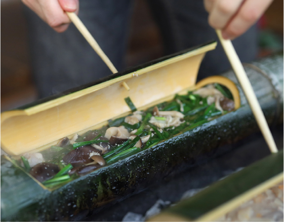 郷土料理(かっぽ鶏)体験